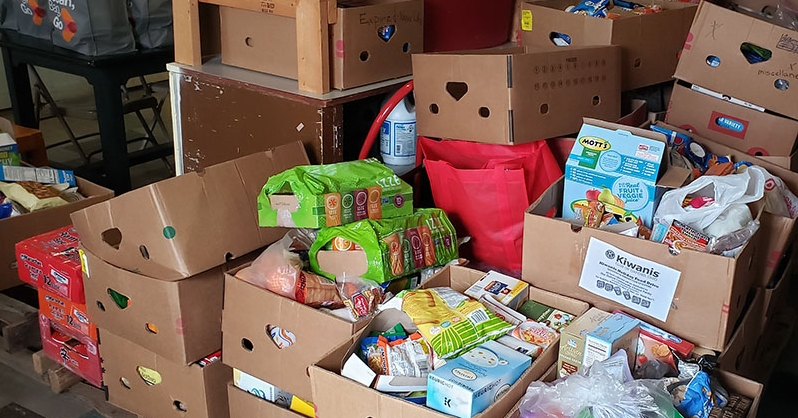 A mini version of the annual move-out week ShareFest resulted in 3,700 pounds of food collected from students moving out of their residence halls. The food was donated to the Talawanda Oxford Pantry and Social Services.