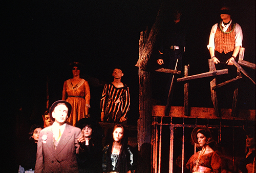 Mac on the gallows in Threepenny Opera